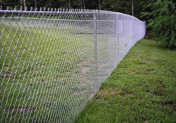 Забор из сетки рабица своими руками